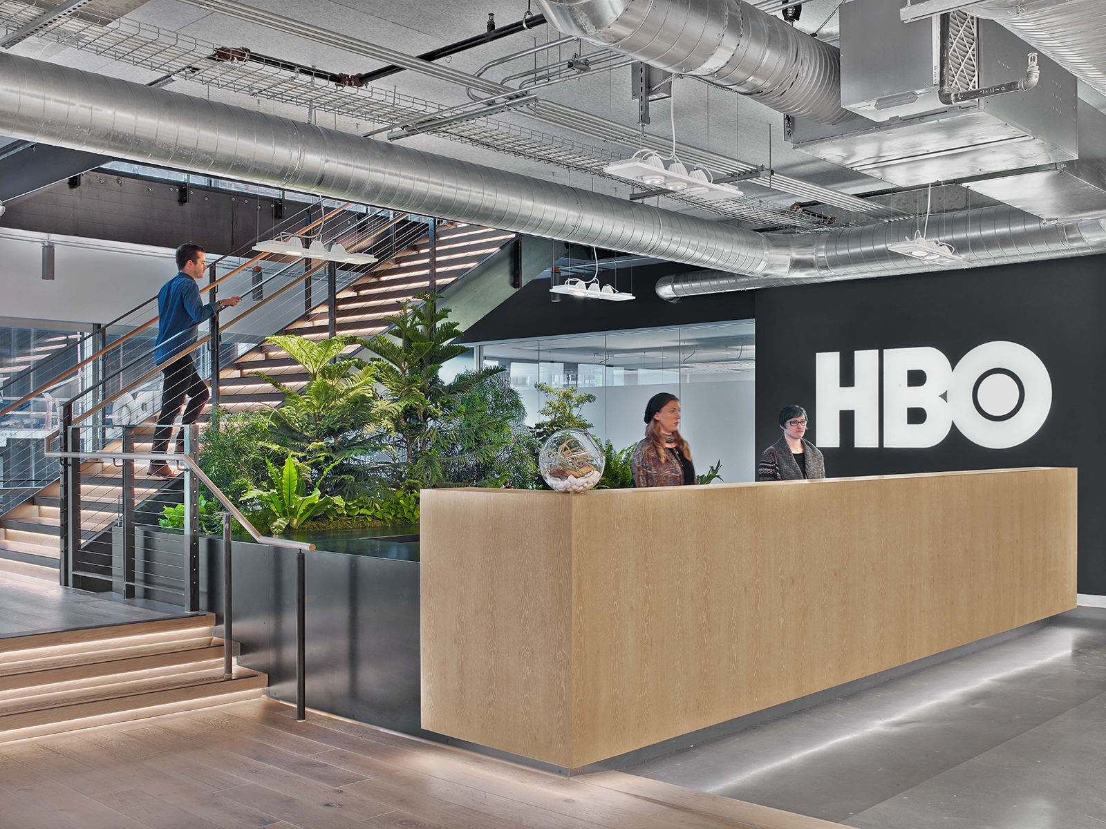 A Tour of HBO\'s Cool New Seattle Office - Officelovin\'
