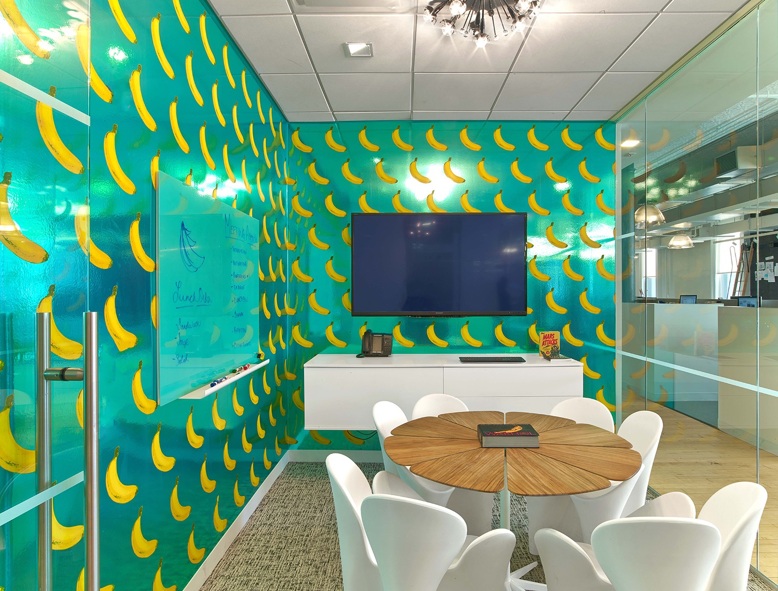 A Look Inside Bgb Group S Nyc Office Officelovin