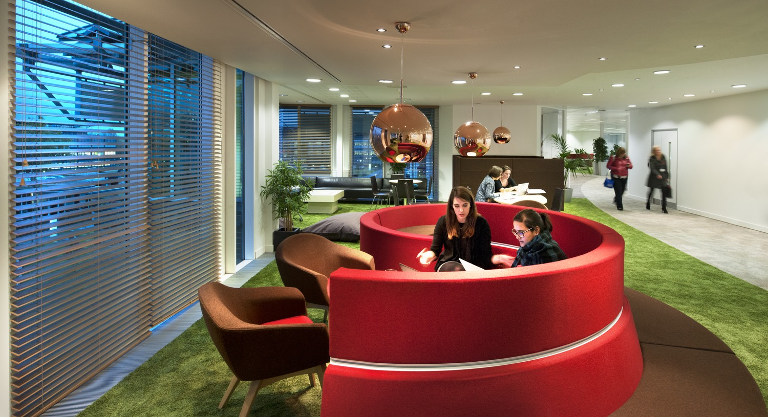 lindt-office-2