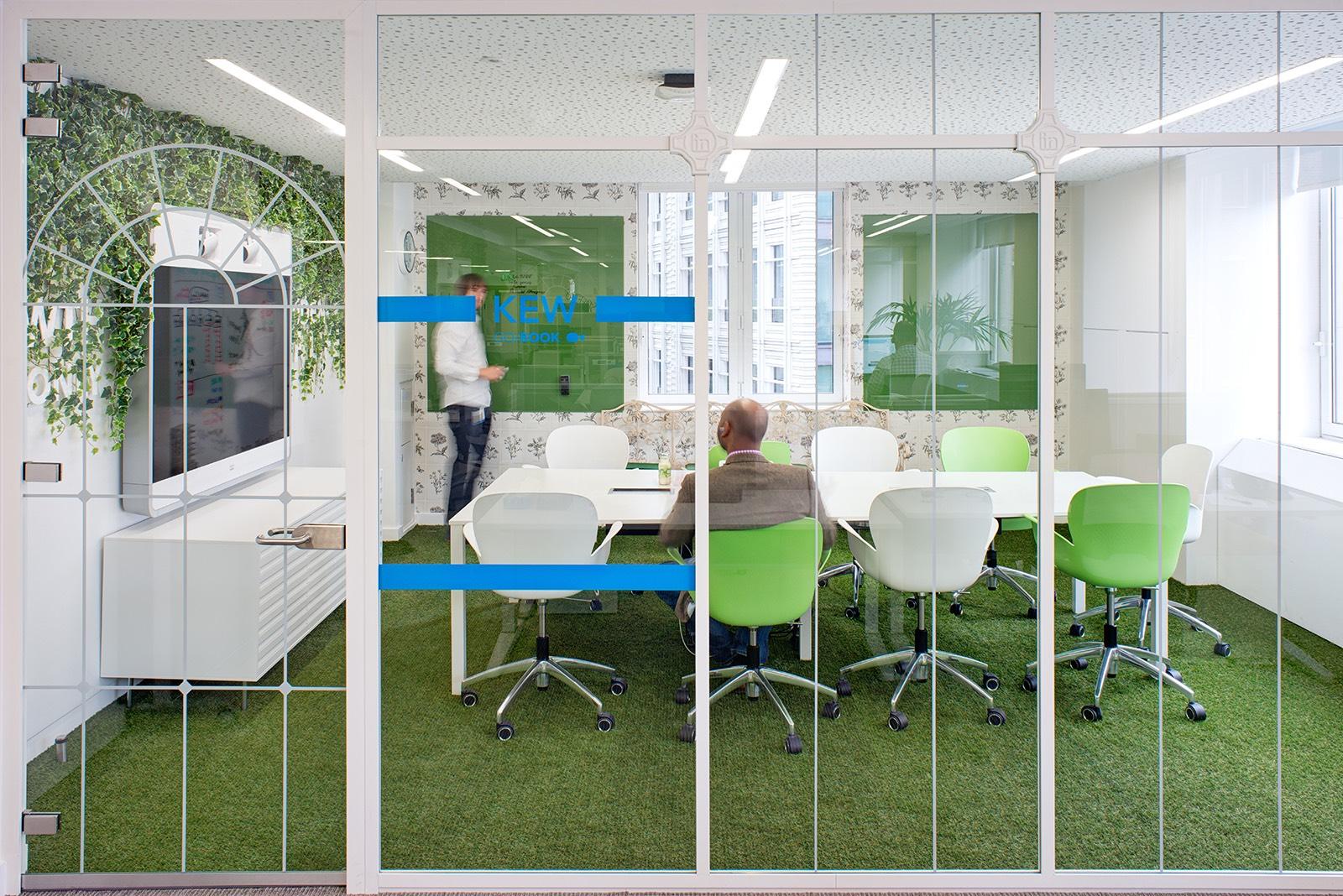linkedin-office-london-3