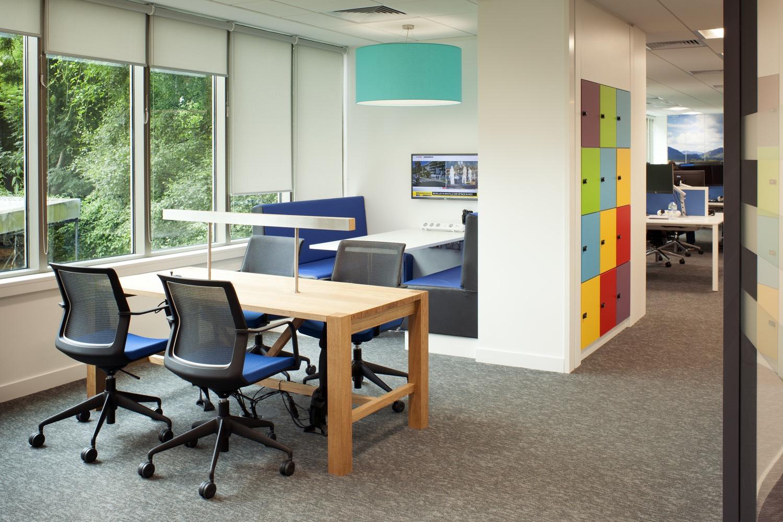 suez-case-office-1