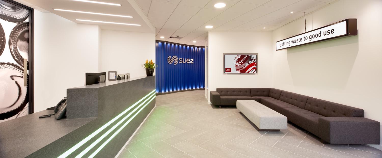 suez-case-office-8
