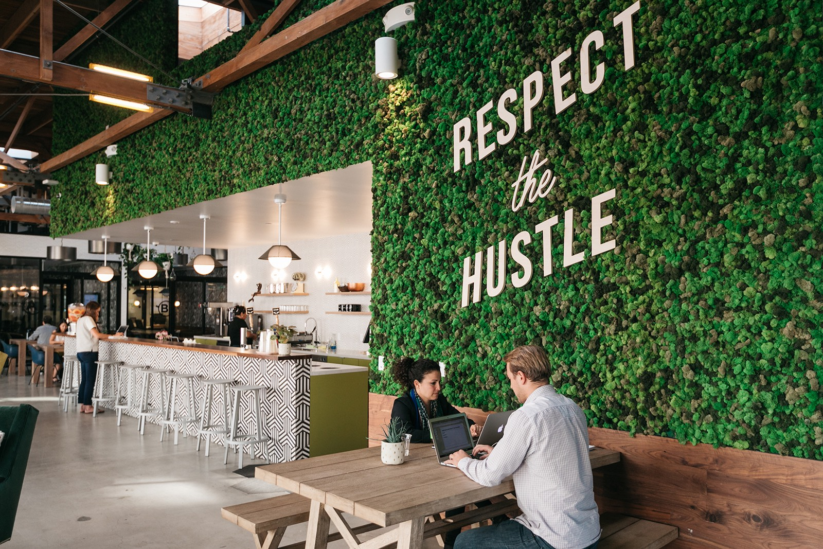 A Tour Of Wework S Culver City Coworking Space Officelovin