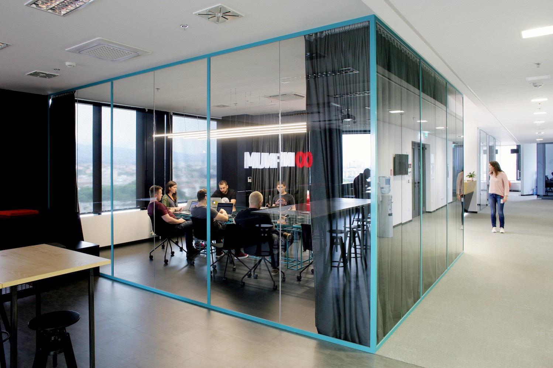 Inside infinum s modern zagreb office officelovin 39 for Office room layout