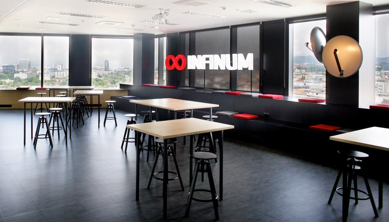 Inside infinum s modern zagreb office officelovin 39 for Design office zagreb