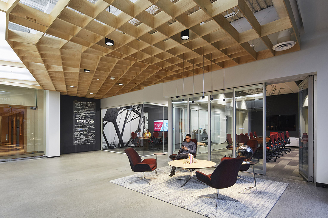 A tour of cushman wakefield s brand new portland office for Office design events