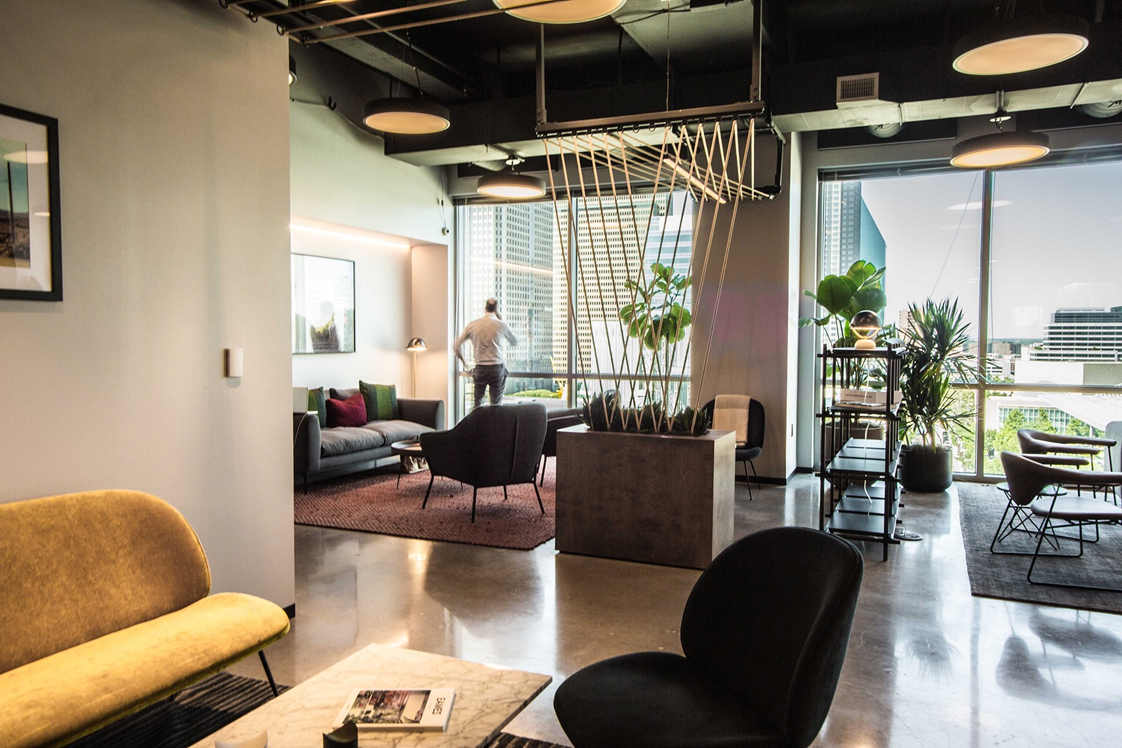 industrious-office-dallas-6