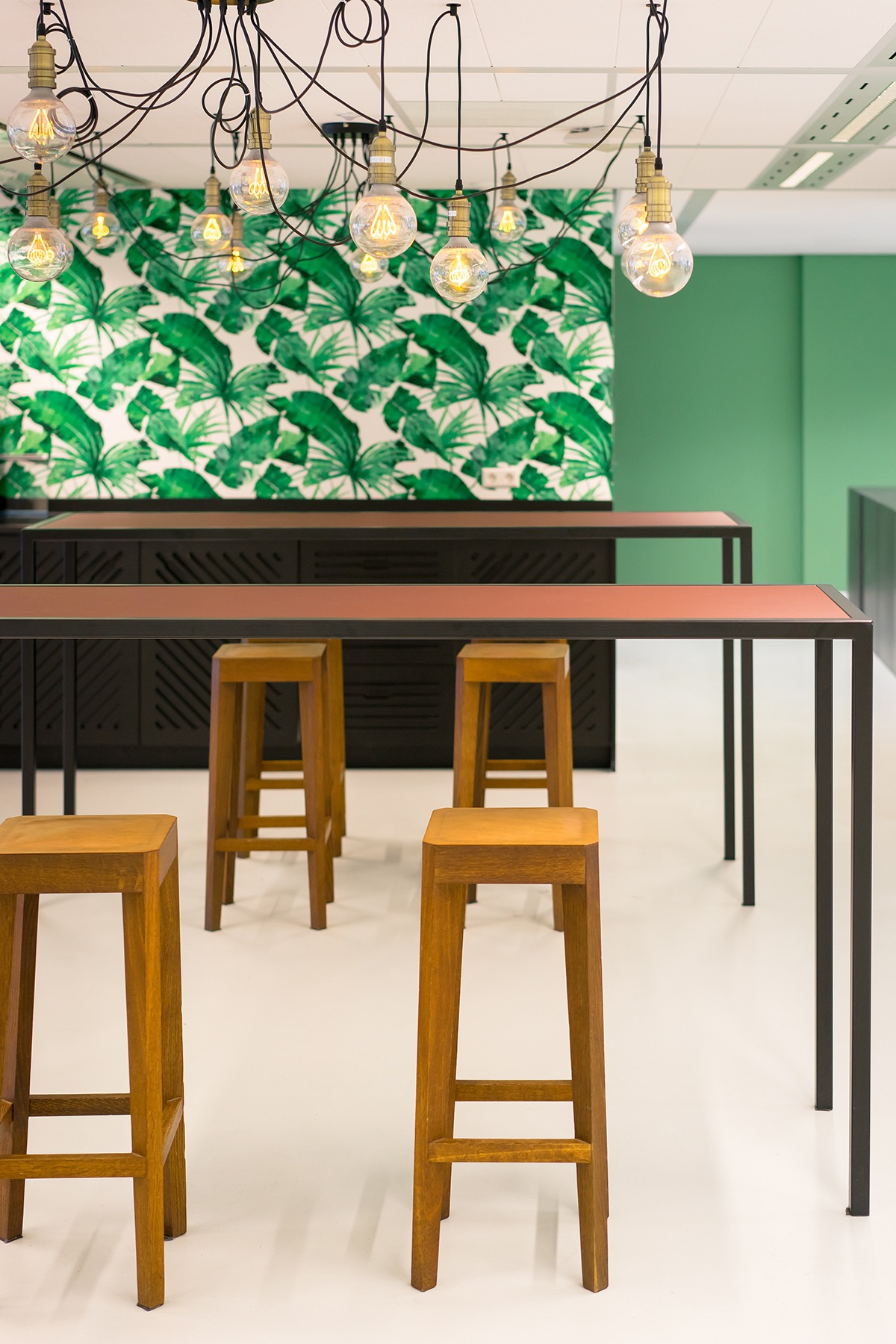 travelbird-amsterdam-office-9