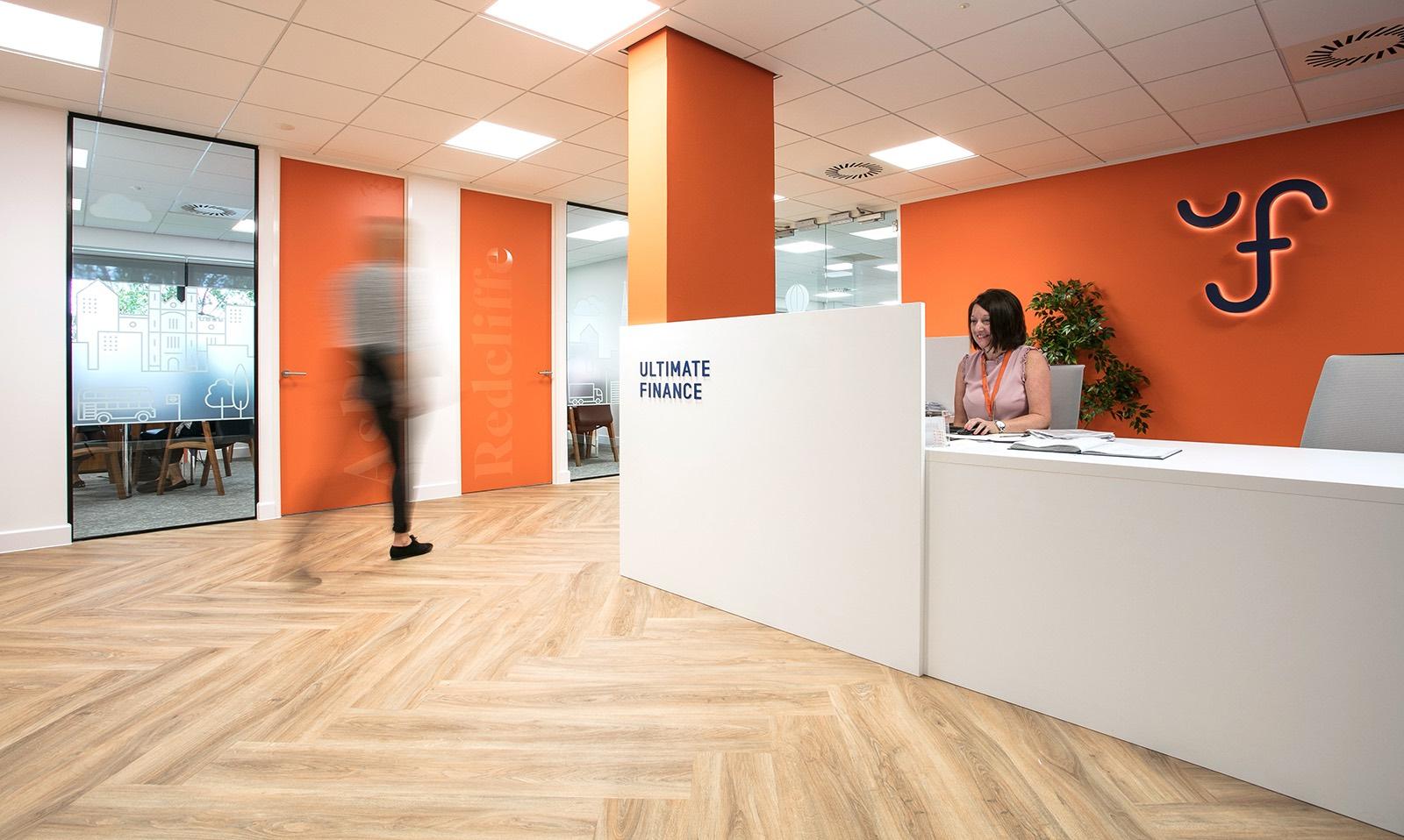 Office Orange. Reception Office Orange I