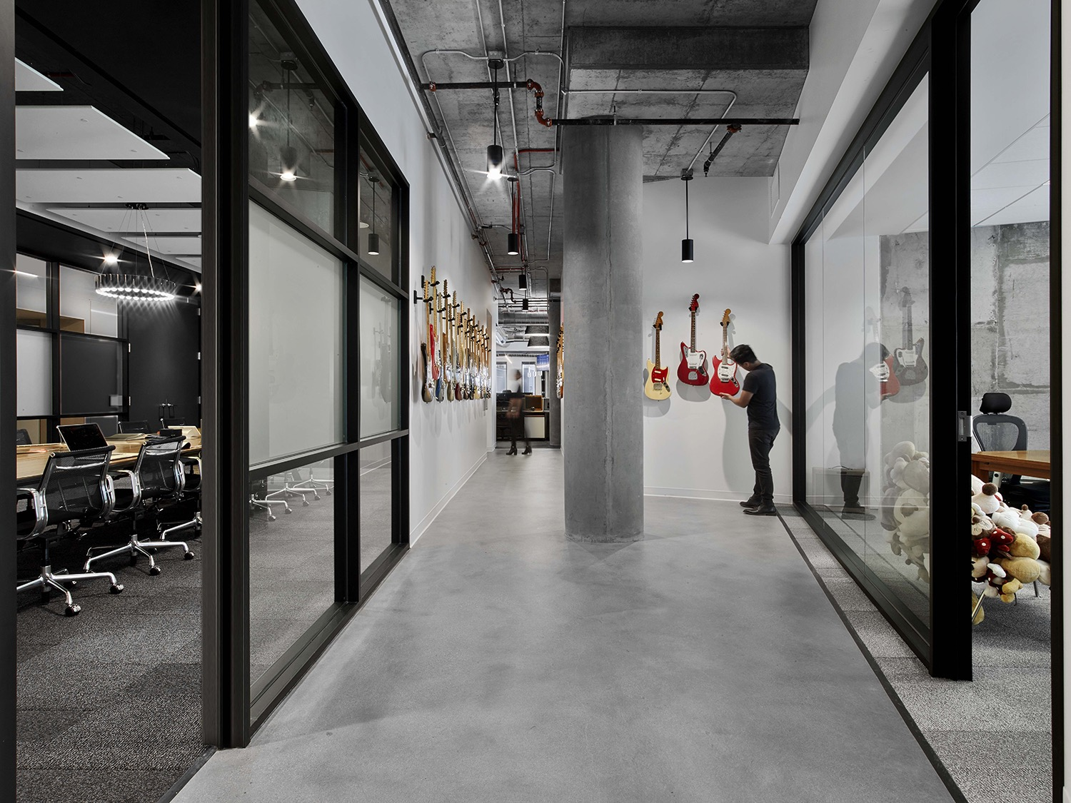 fender-los-angeles-office-13
