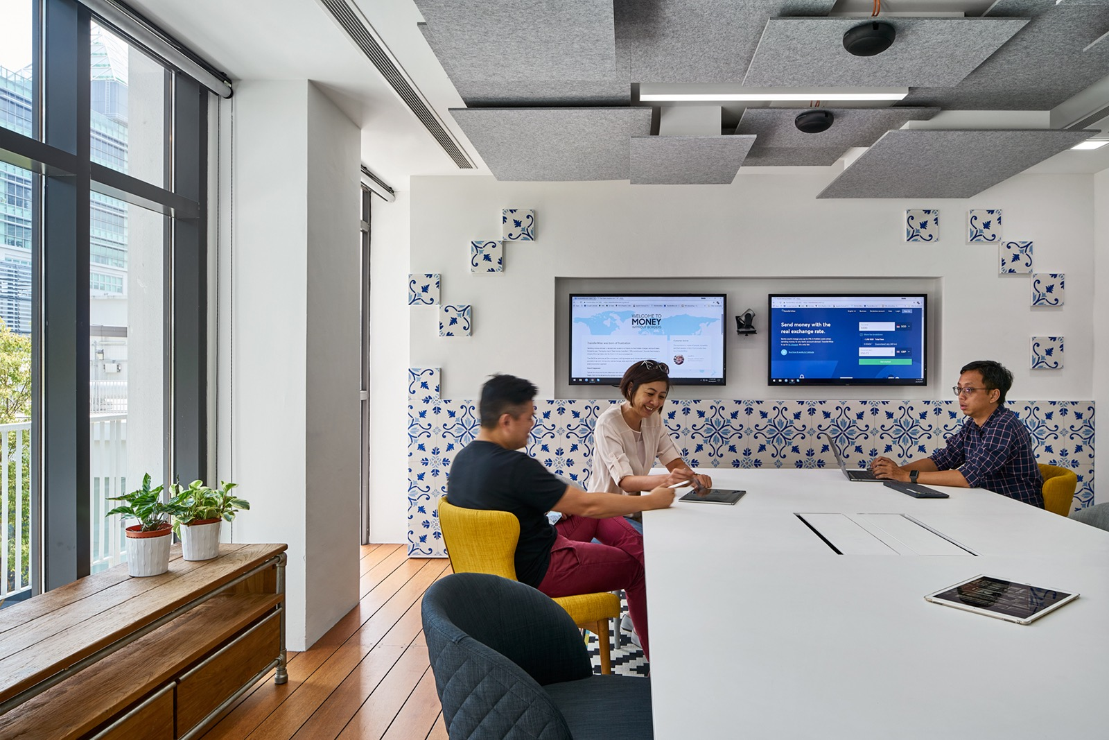transferwise-singapore-office-9