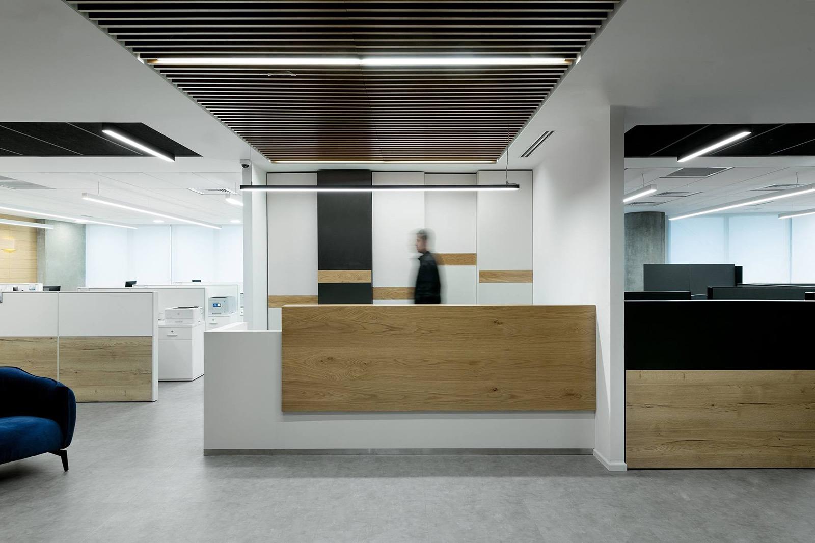 kesh-insurance-office-18