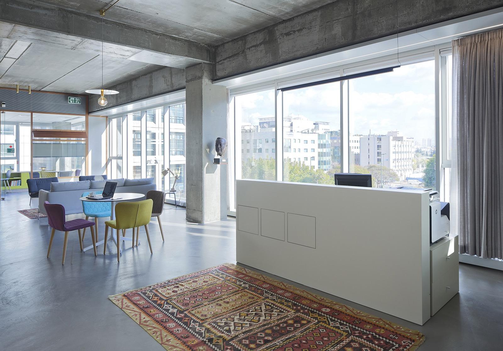 the-lautman-fund-office-10
