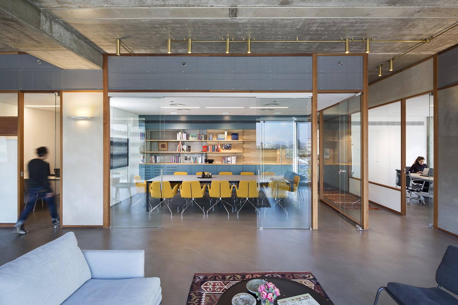the-lautman-fund-office-11