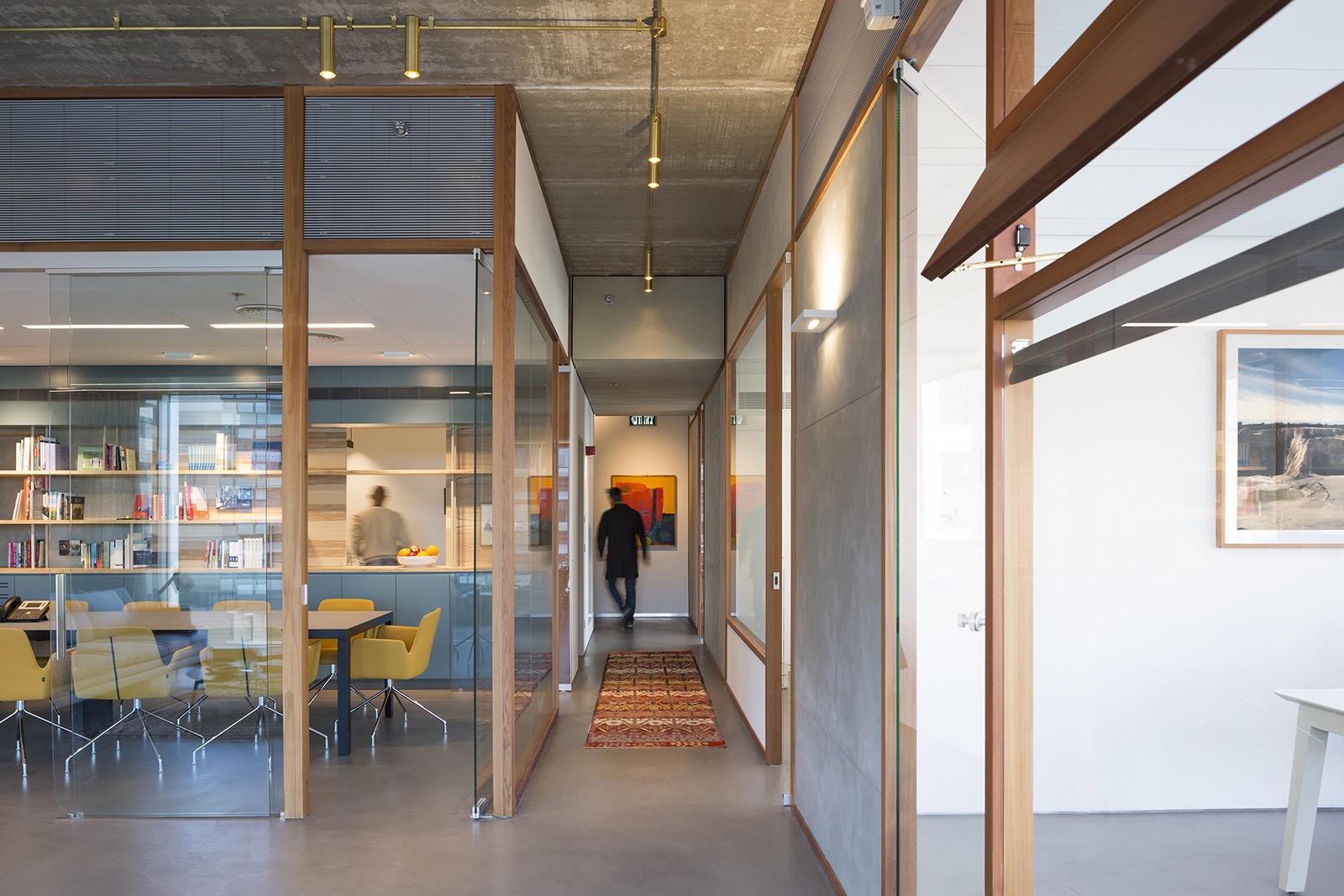the-lautman-fund-office-12