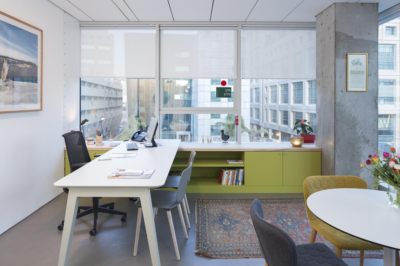 the-lautman-fund-office-13