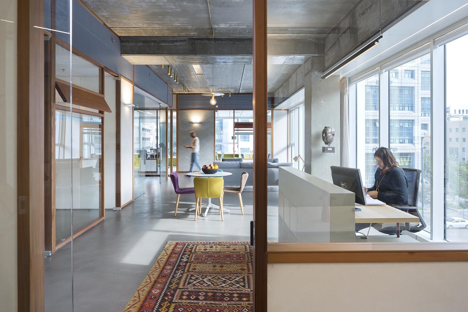 the-lautman-fund-office-5
