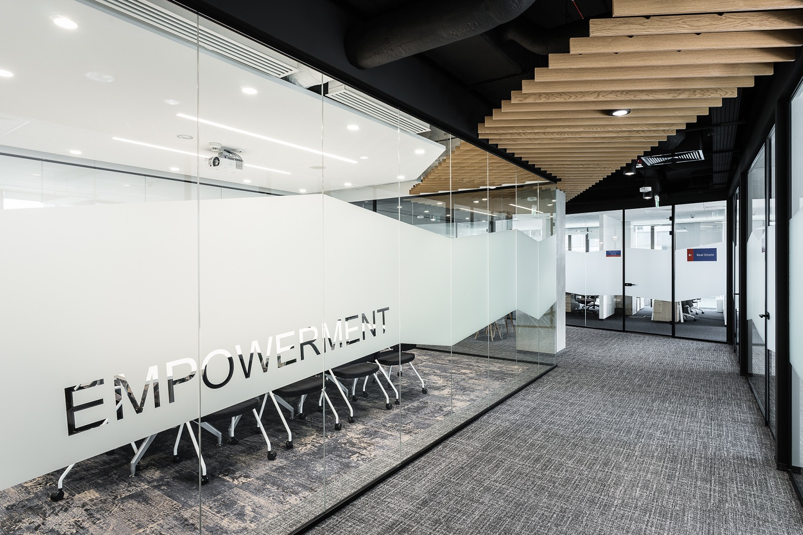 euronet-warsaw-office-6