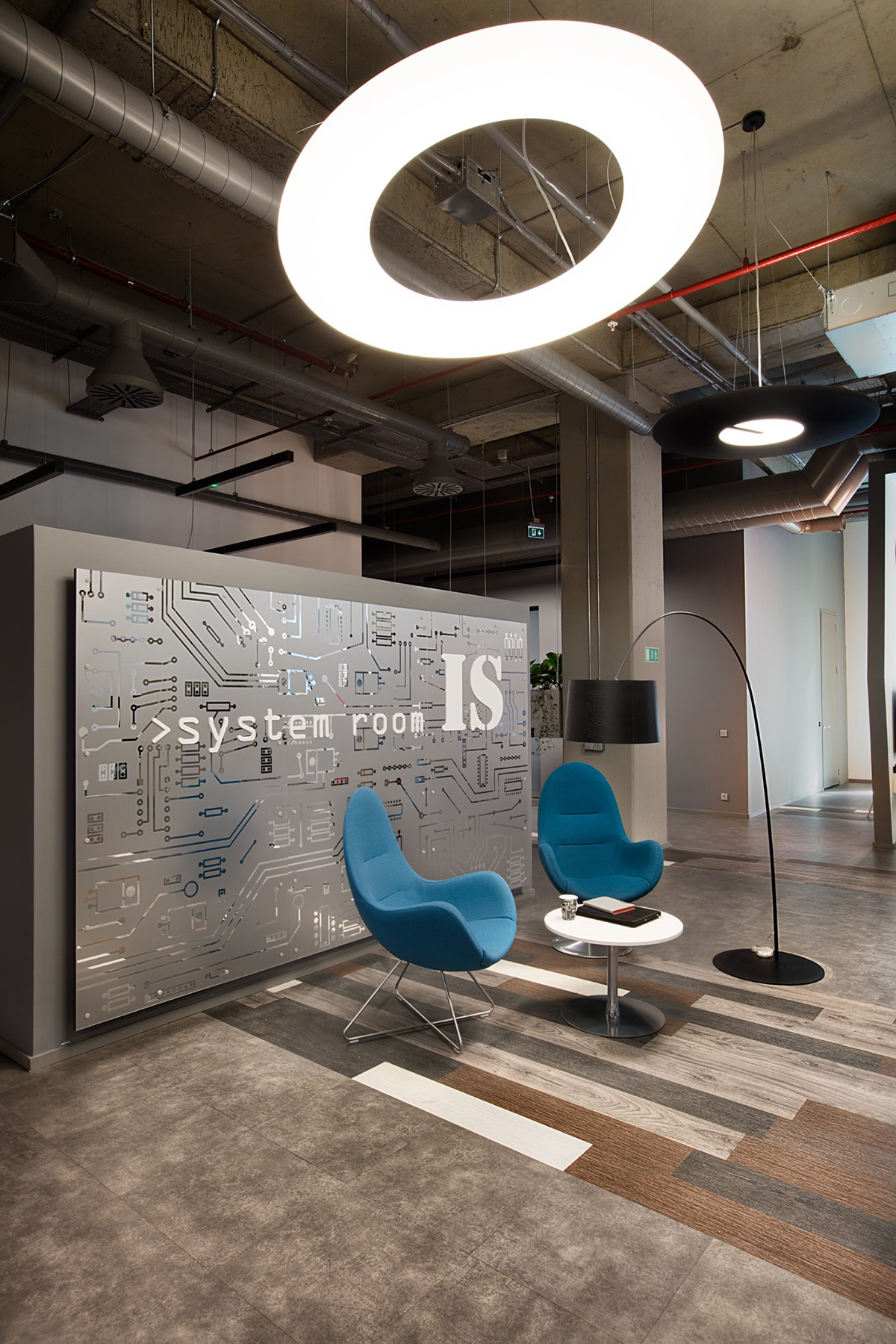 Inside philip morris sabanci marketing and sales istanbul for Sales office design ideas