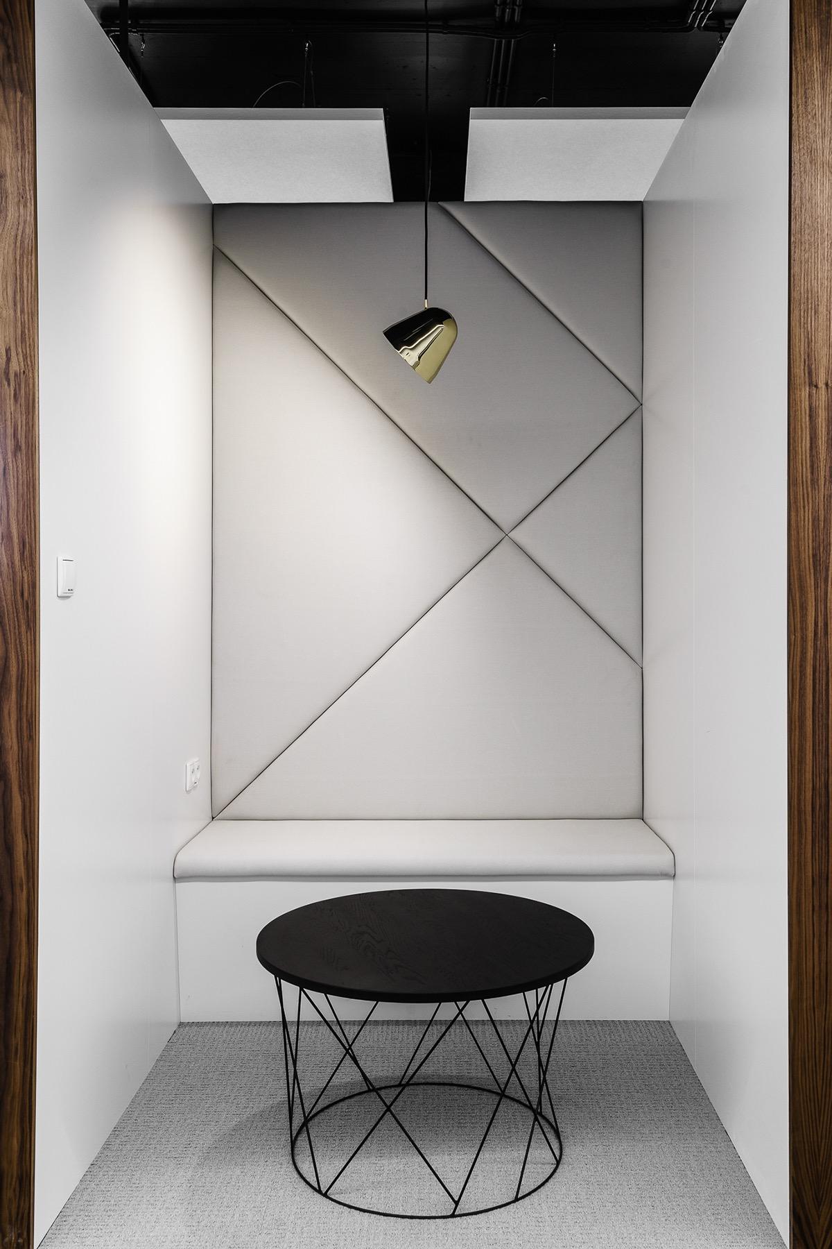 xl-catlin-office-11