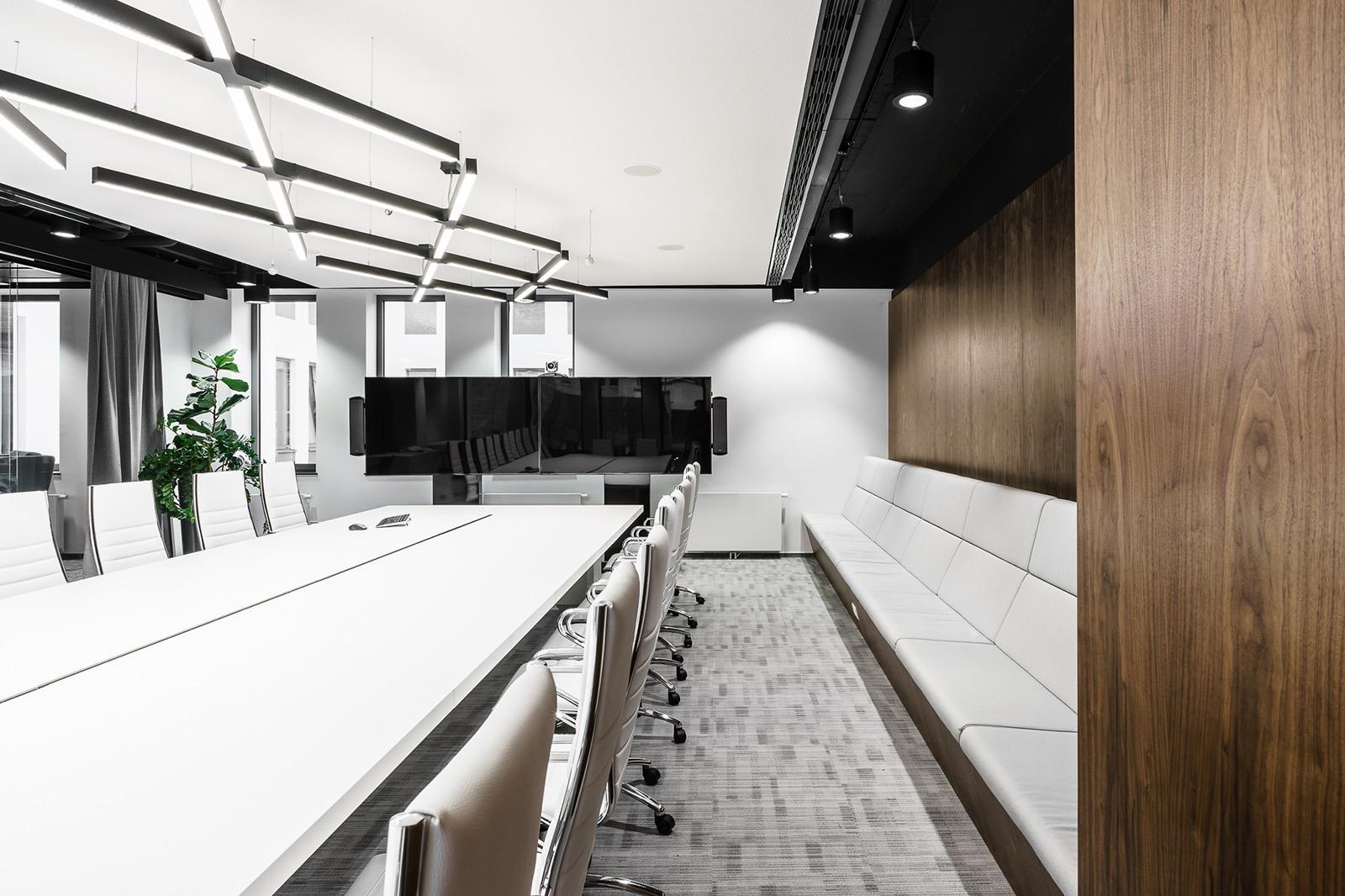 xl-catlin-office-13