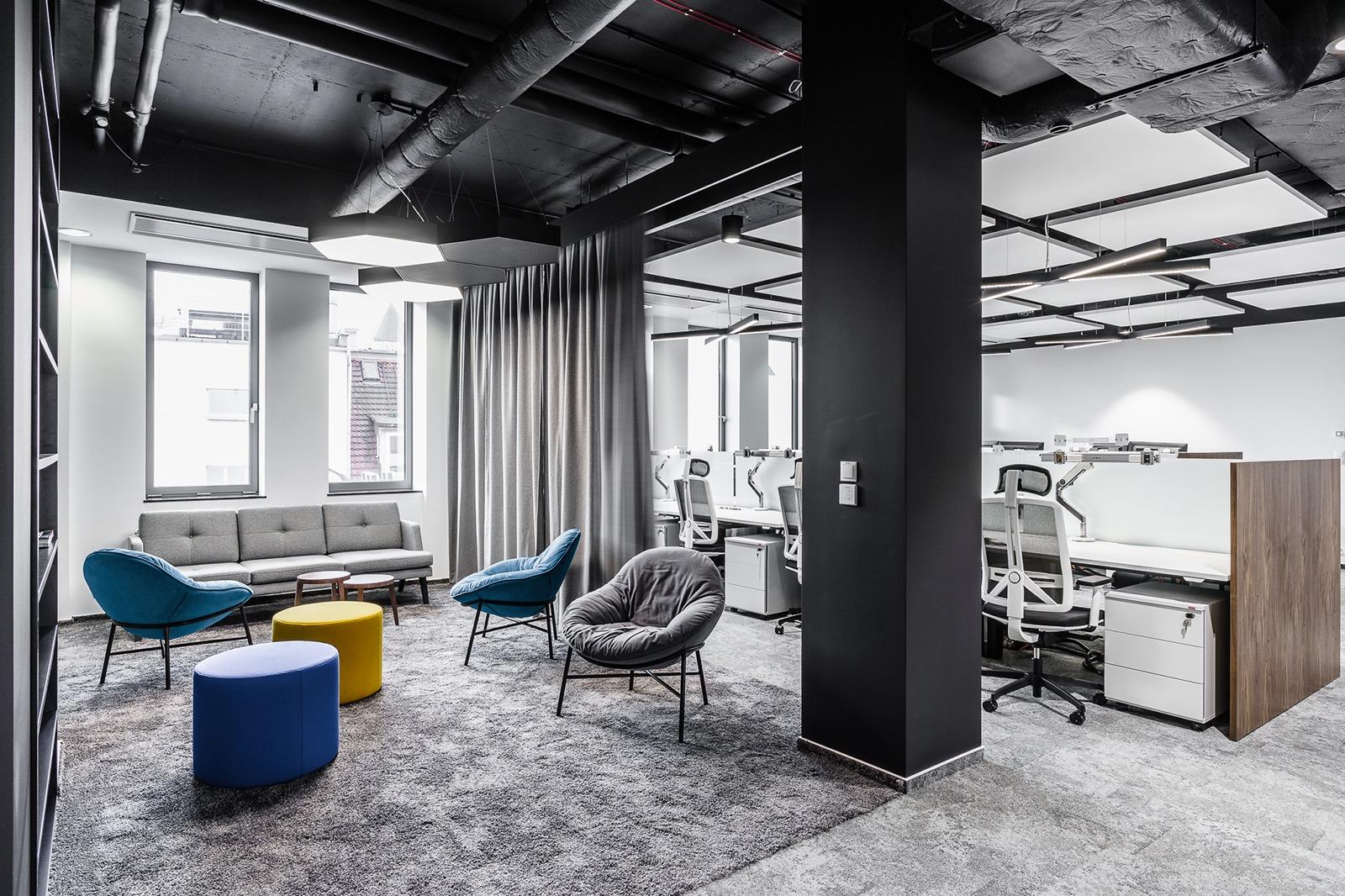 xl-catlin-office-17