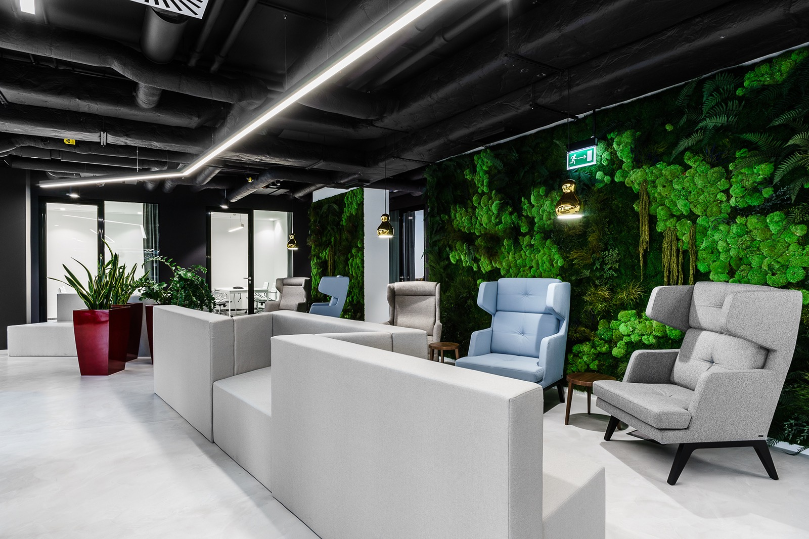 xl-catlin-office-2