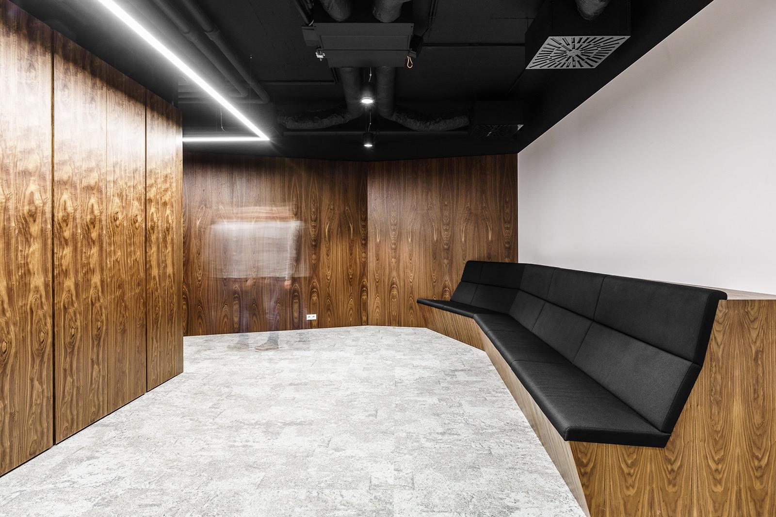 xl-catlin-office-6