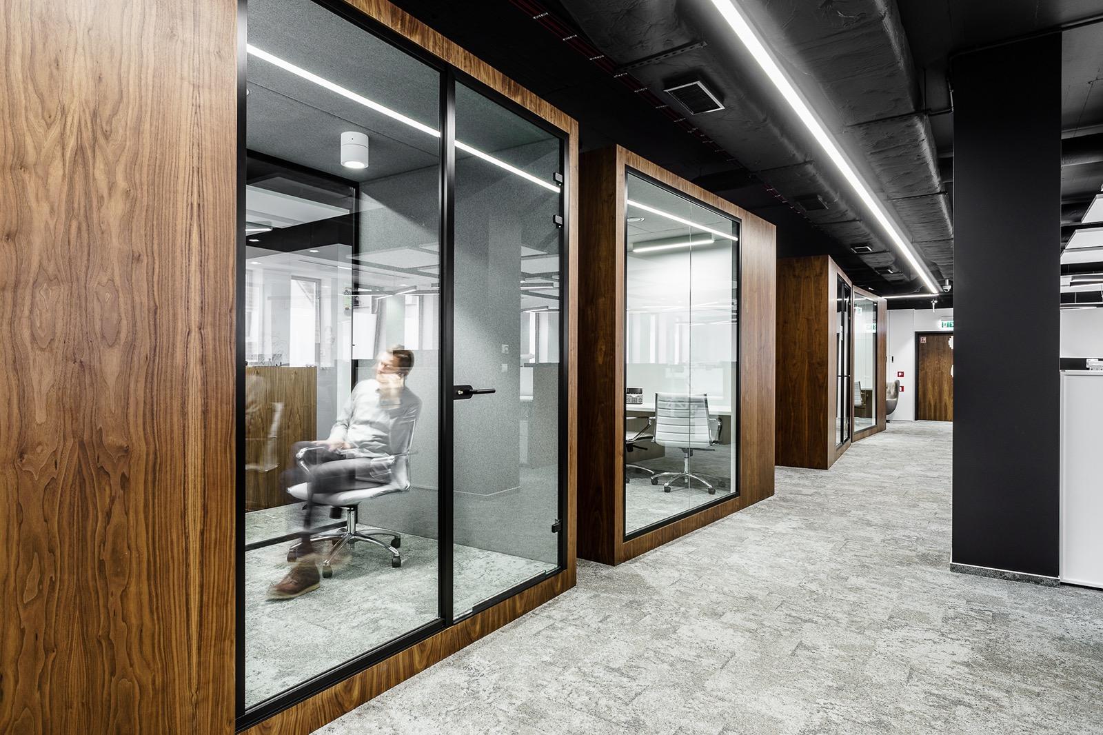 xl-catlin-office-8