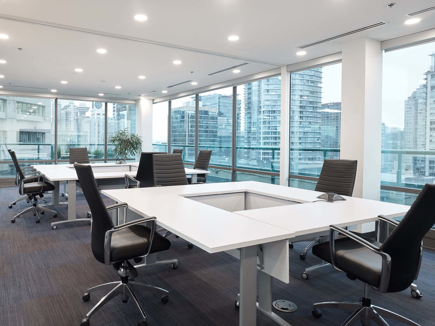 Vancouver office space meeting rooms Lease Meeting Spaces Kuehnenagelvancouveroffice8 Daily Hive Inside Kuehne Nagels New Vancouver Headquarters Officelovin