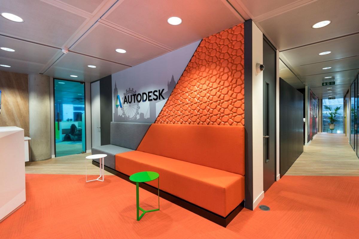 Inside autodesk s sleek london office officelovin 39 for Design office 4100
