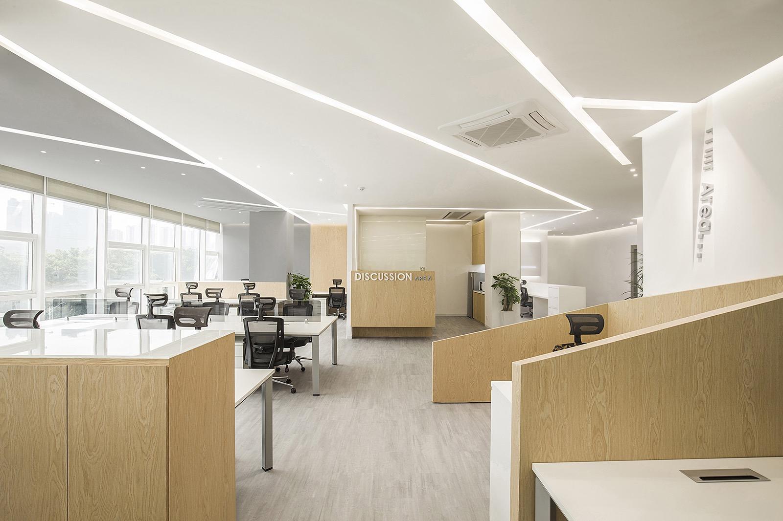 harbin-gloria-office-7