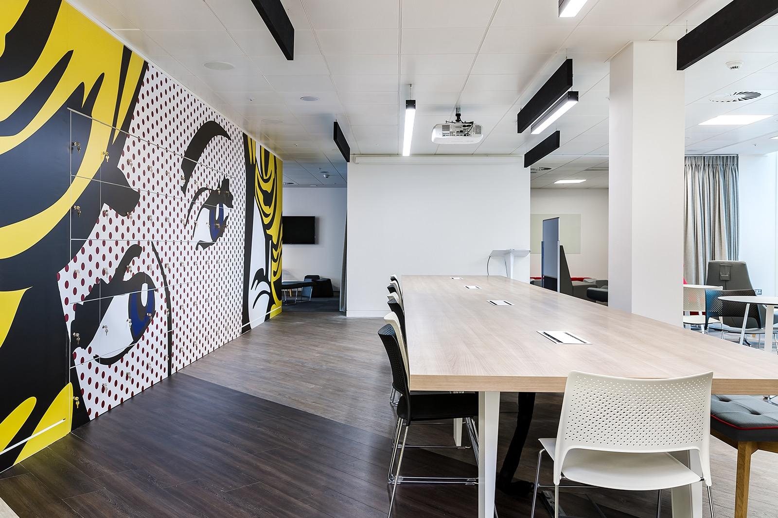 rakuten-office-london-7