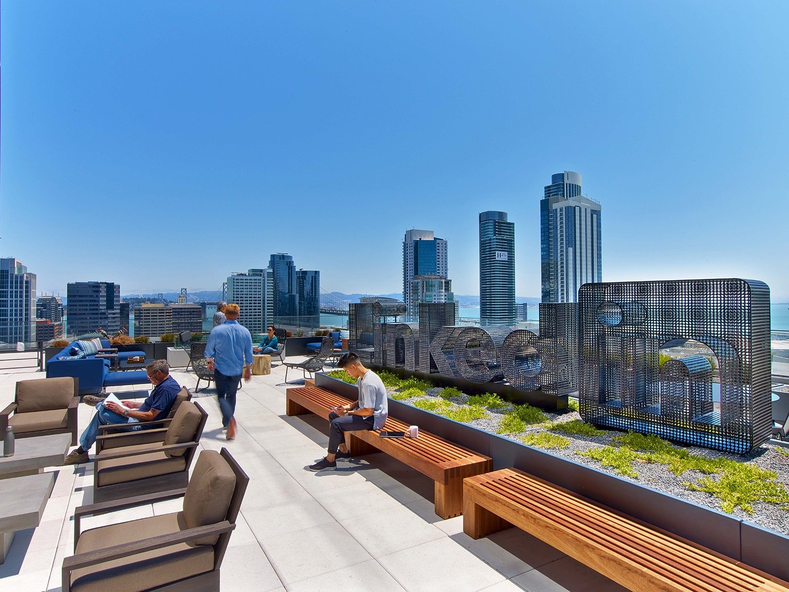 A Tour of LinkedIn\'s Cool San Francisco Headquarters - Officelovin\'