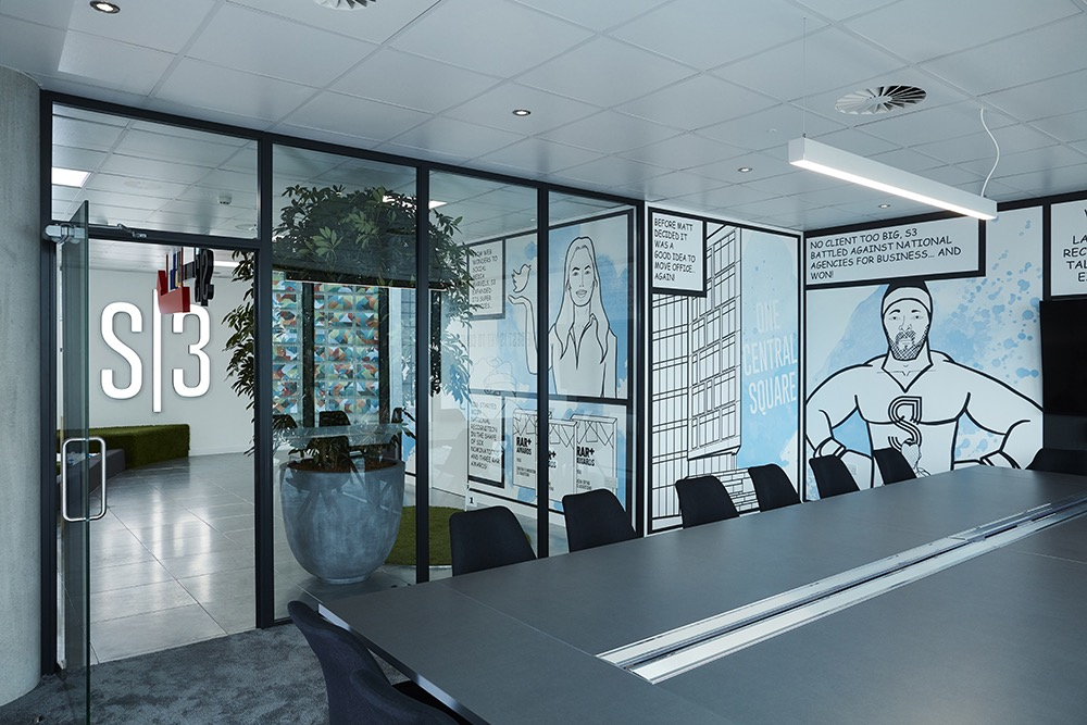 s3-advertising-office-5