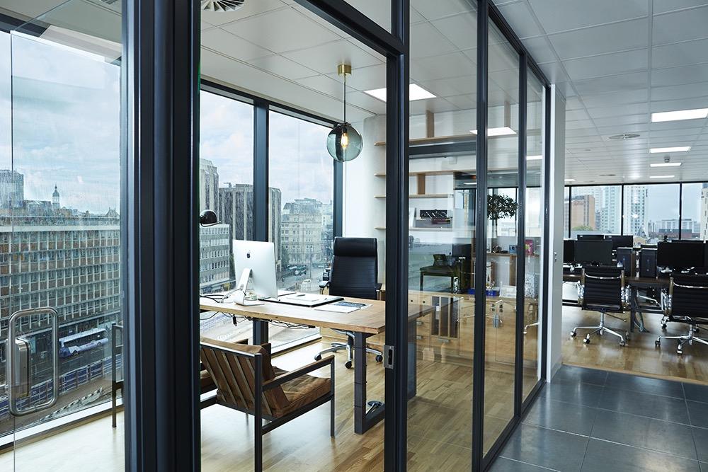 s3-advertising-office-7