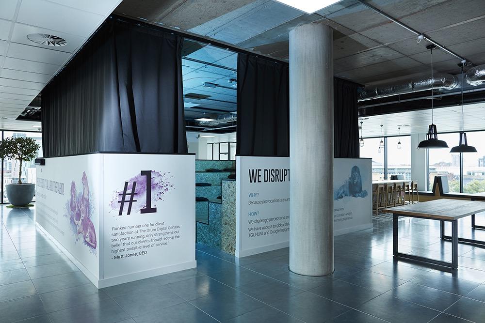 s3-advertising-office-8