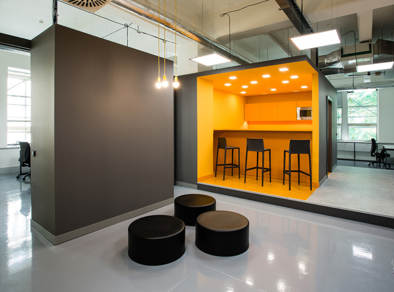 zenith-optimedia-office-m