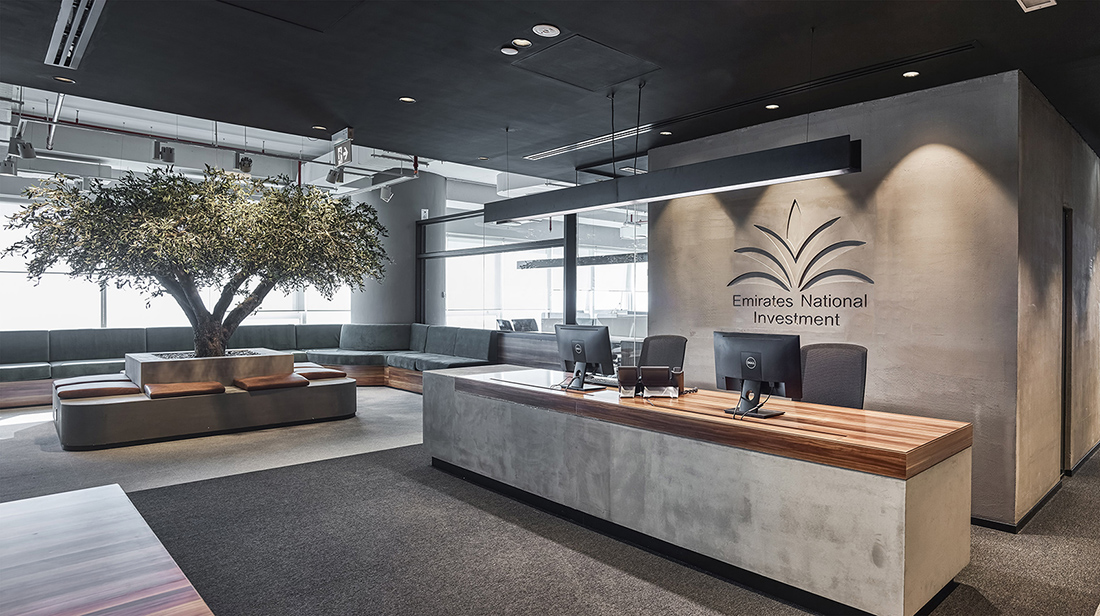A Tour Of Emirates National Investment S Dubai Office Officelovin