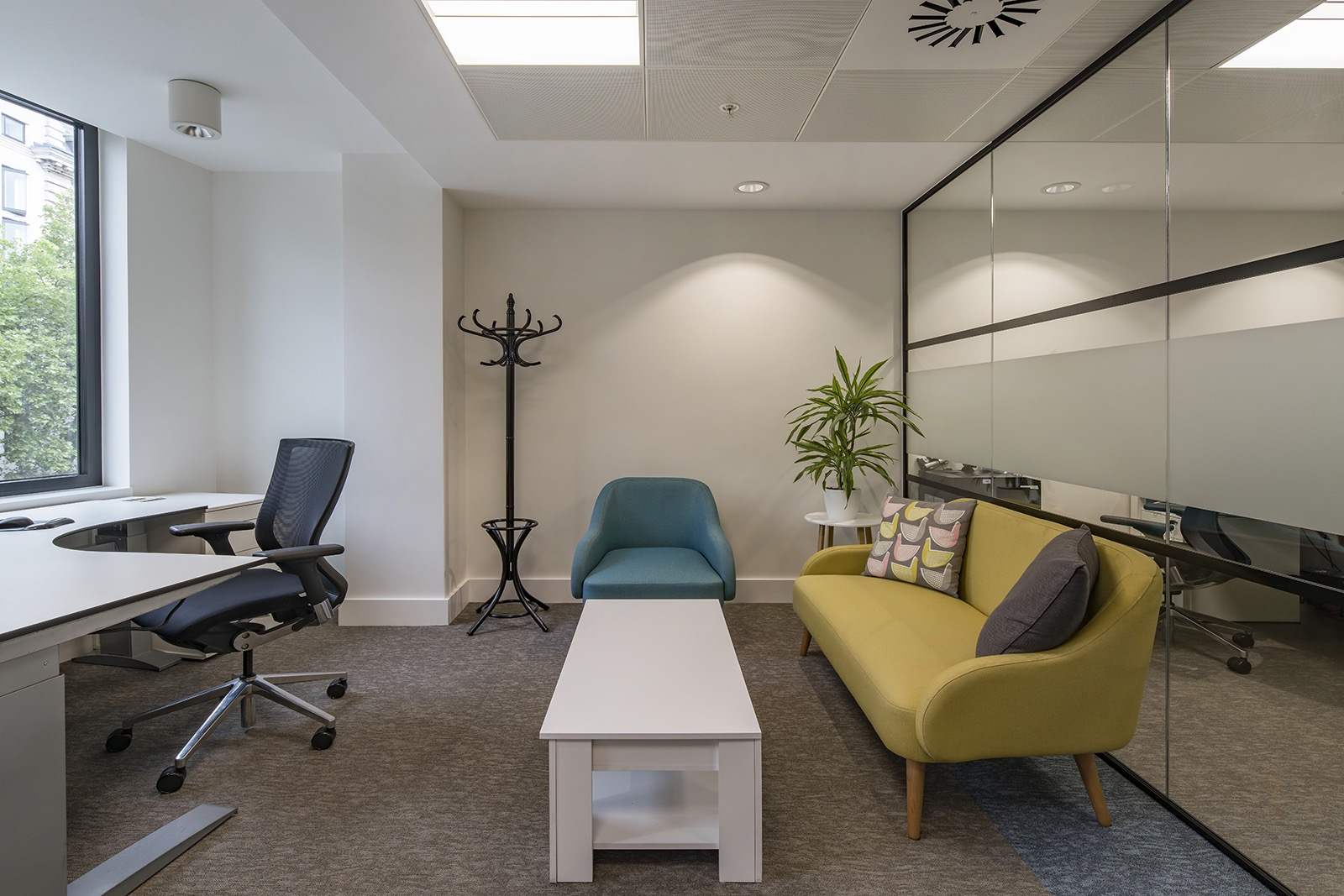 rlj-entertainment-london-office-3