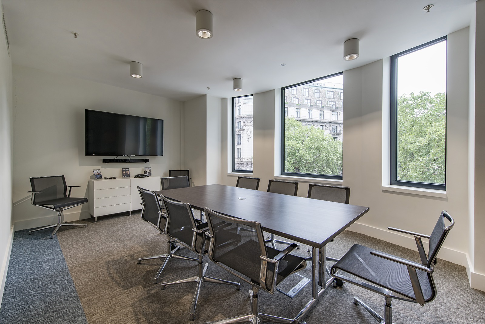 rlj-entertainment-london-office-4