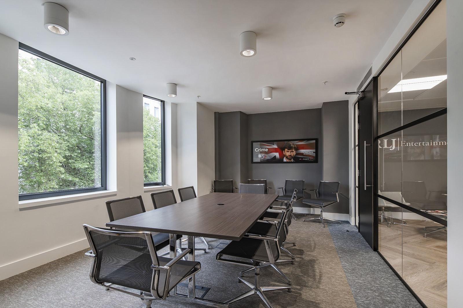 rlj-entertainment-london-office-5