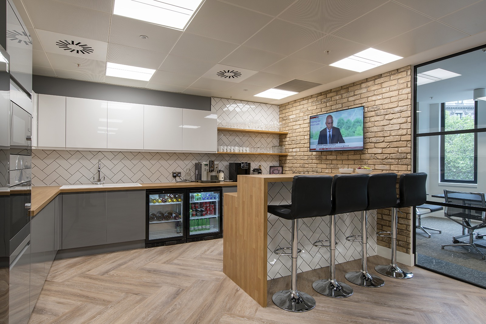 rlj-entertainment-london-office-6