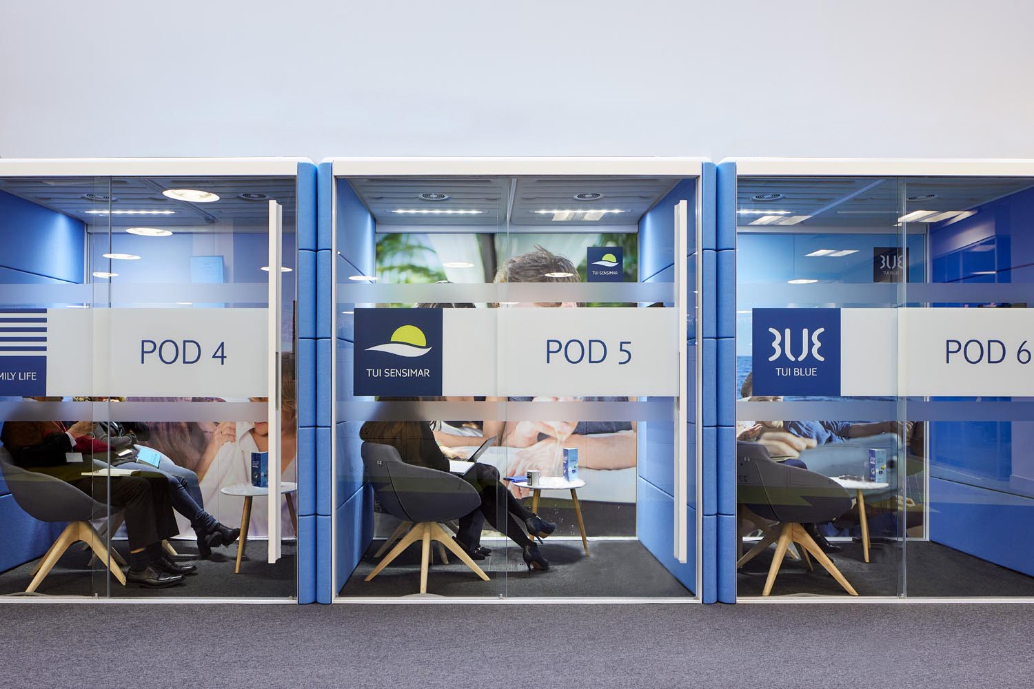 tui-luton-office-2