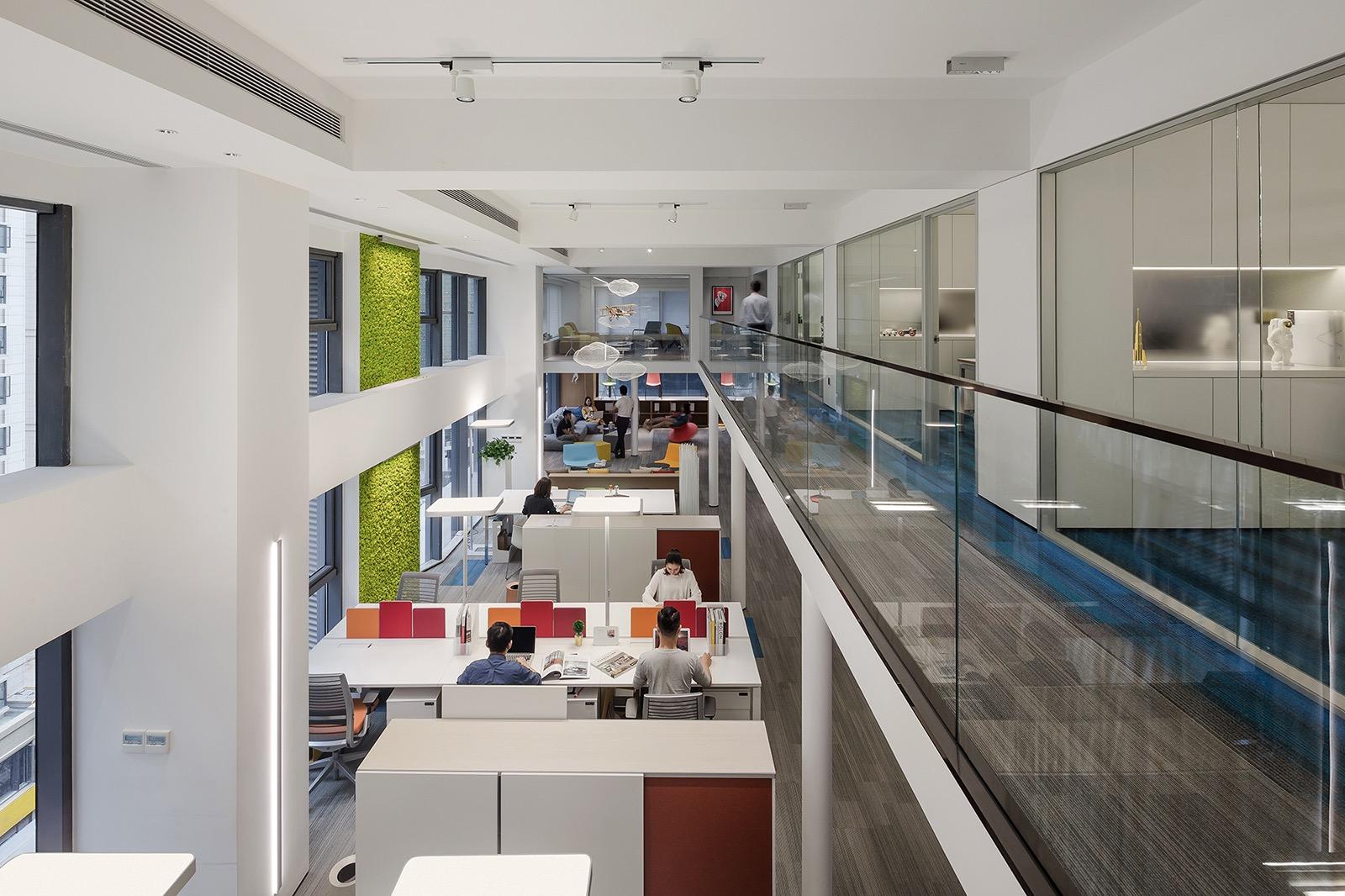 croyo-office-6