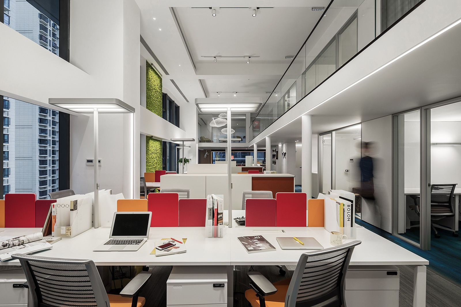 croyo-office-8