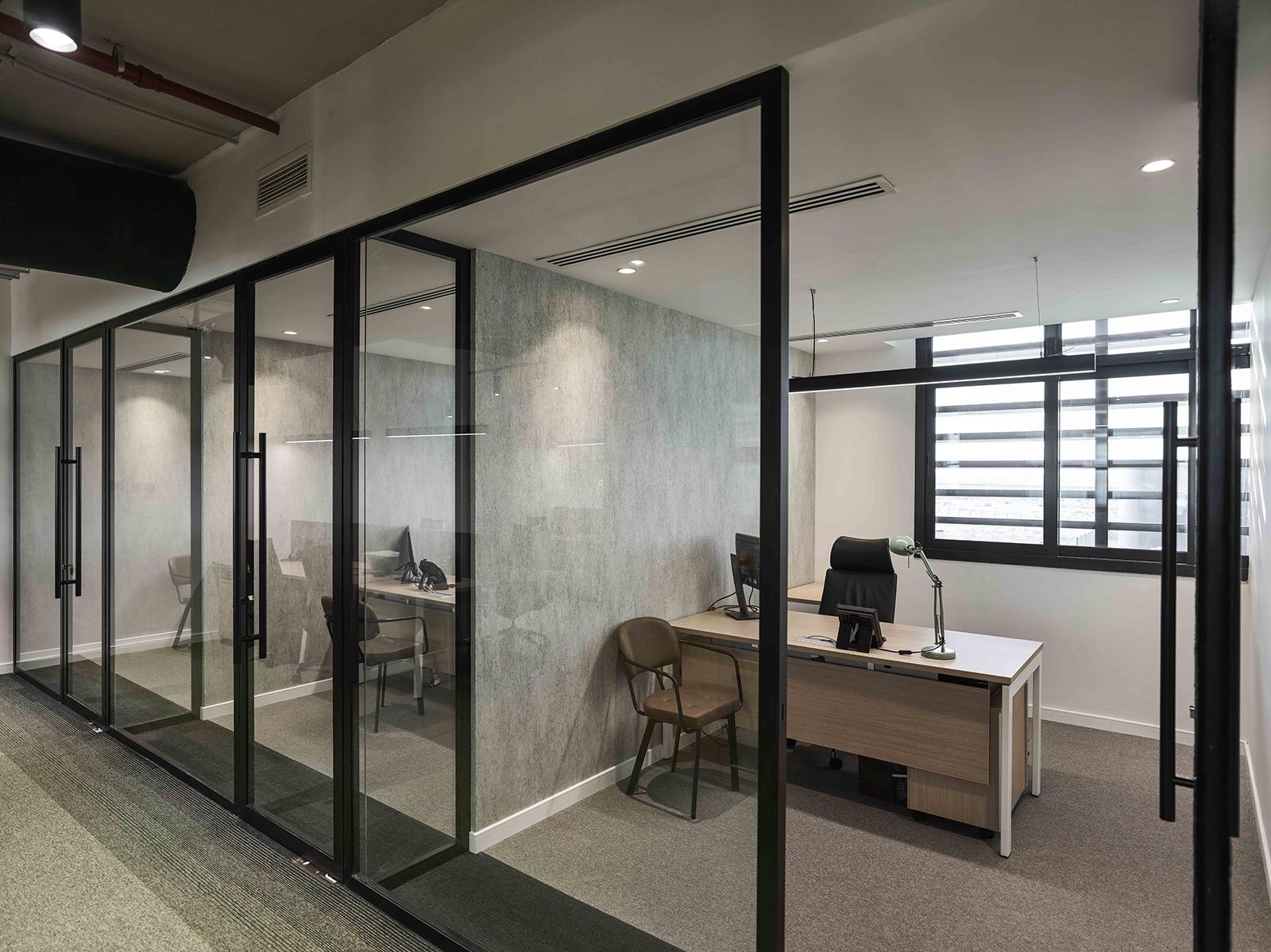 hira-walraven-office-11