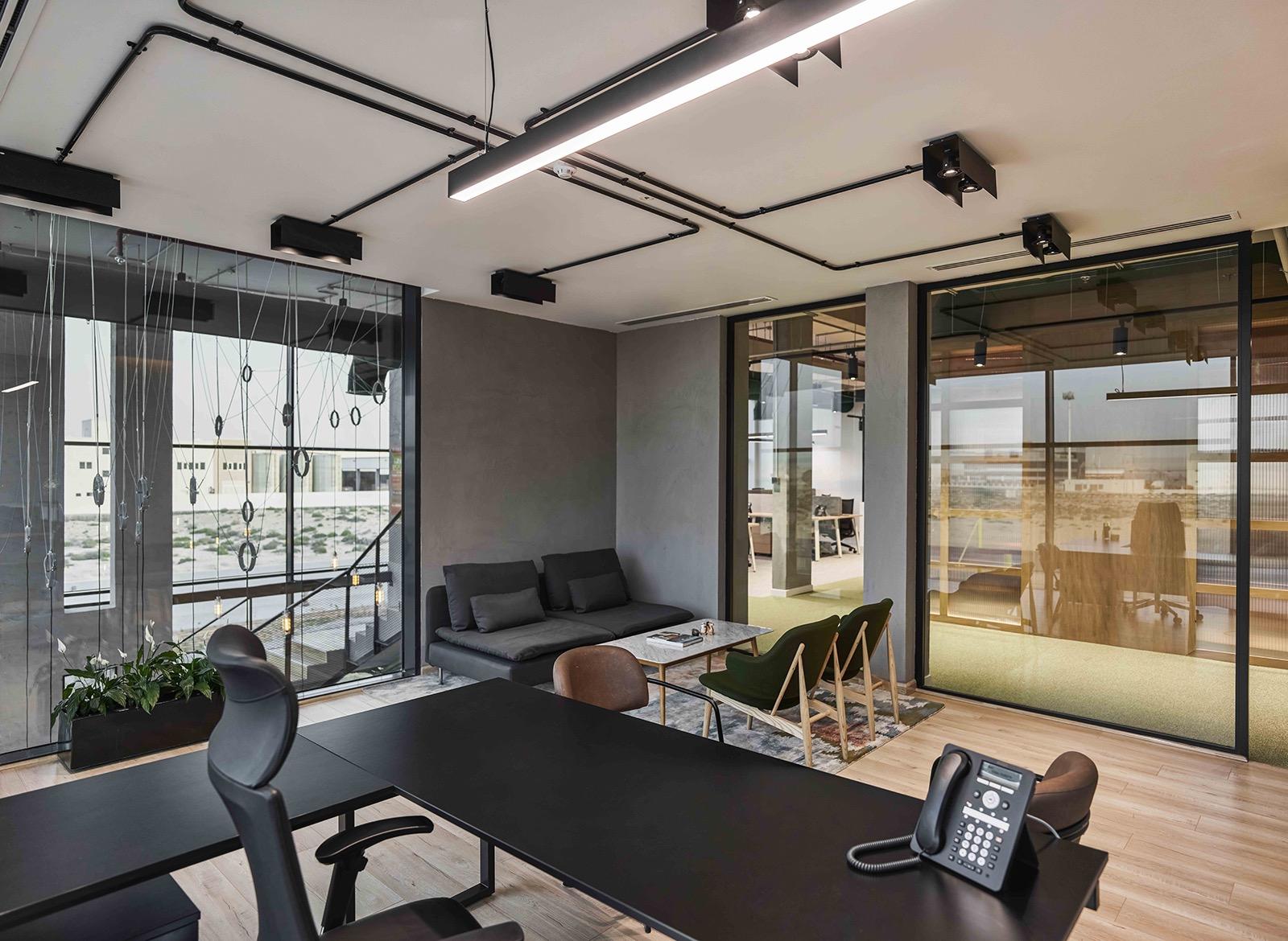 hira-walraven-office-9