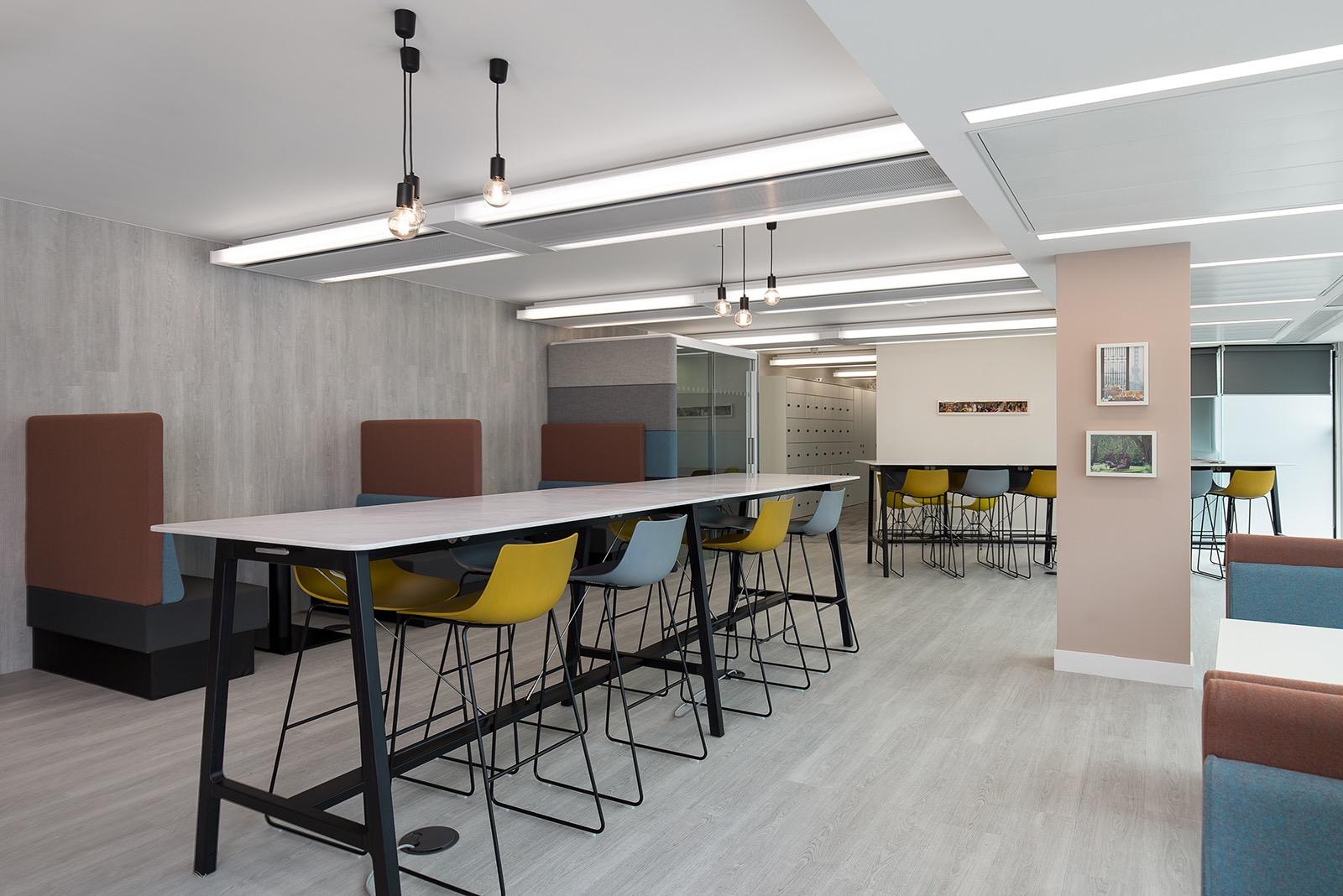 mandarin-oriental-office-2