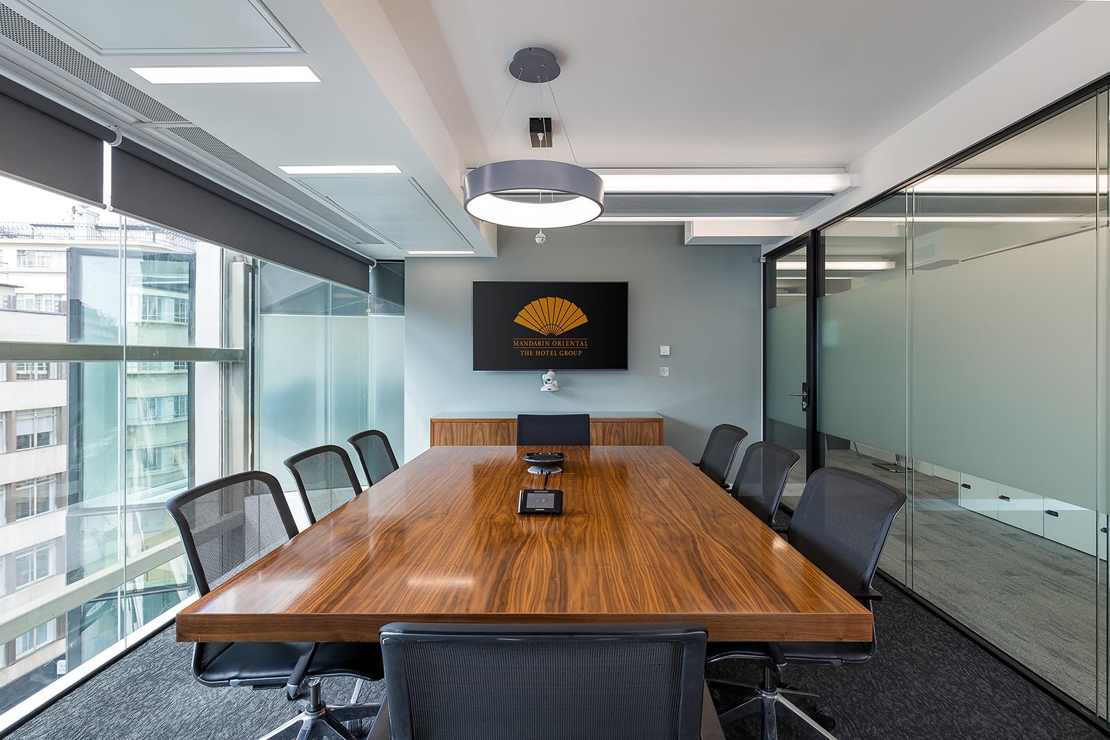 mandarin-oriental-office-6